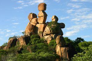 balancing-rocks-002